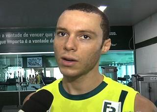 Henrique, zagueiro do Goiás (Foto: Reprodução/TV Anhanguera)