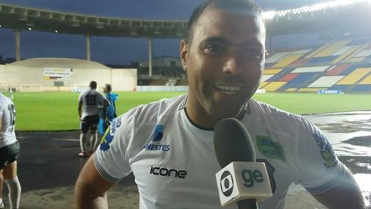 """Márcio Carioca busca o seu 1º hat-trick para """"pedir música"""" no Fantástico"""