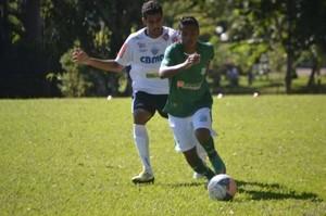 Atacante Leozinho, do UEC, sonha em jogar na seleção brasileira (Foto: Divulgação/Canal UEC)