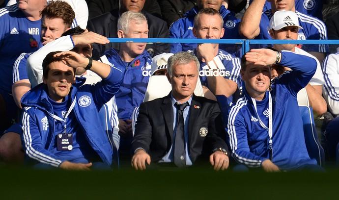 Mourinho - Chelsea - Liverpool (Foto: Reuters)