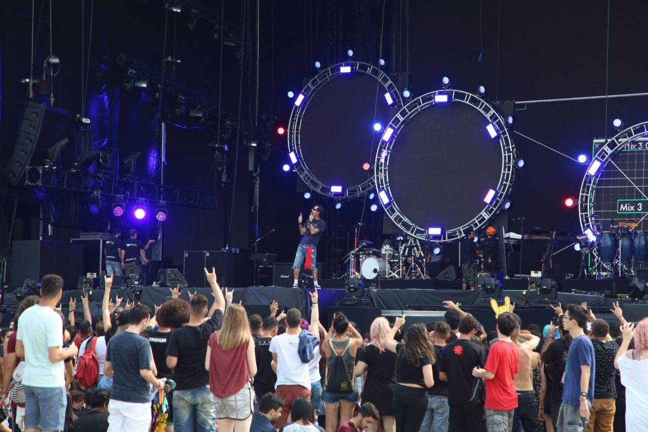 Capital Inicial passa som no Rock In Rio (Foto: Fabiano Leone / Multishow)