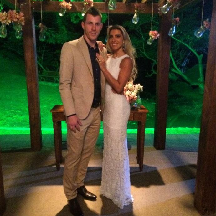 Paulo Victor e Priscilla Loureiro se casam no civil (Foto: Reprodução/Instagram)