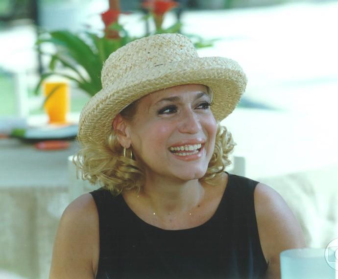 Susana Vieira era Branca, mulher de Arnaldo (Carlos Eduardo Dolabella) e mãe de Marcelo (Fábio Assunção), Milena (Carolina Ferraz) e Leonardo (Murilo Benício).  (Foto: Cedoc / TV Globo)