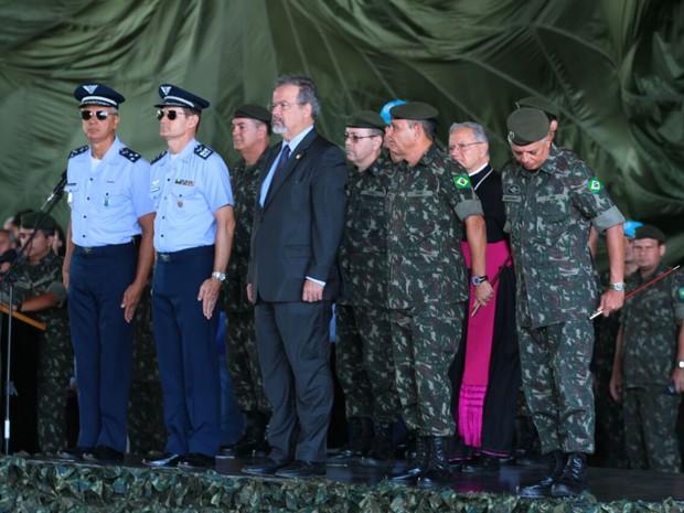 Ministro Raul Jungmann falou sobre a tragédia com avião da Chapecoense e garantiu ajuda (Foto: Marlon Costa/Pernambuco Press)