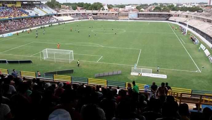 Gramado do Estádio Colosso do Tapajós (Foto: Arquivo Pessoal/ Rogério Camos)