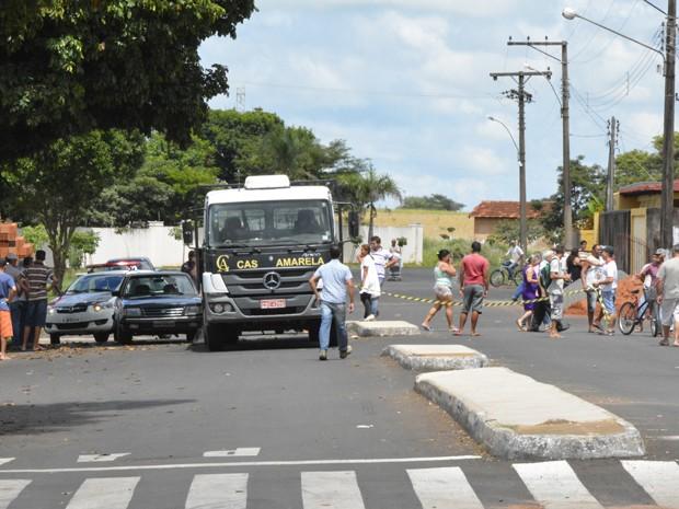 Acidente foi por volta das 12h (Foto: Elienay Richard Oliveira Silva/ A Folha de João Ramalho/ Cedida)