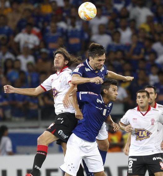 ruim de ver (Gualter Naves/Light Press/Cruzeiro)