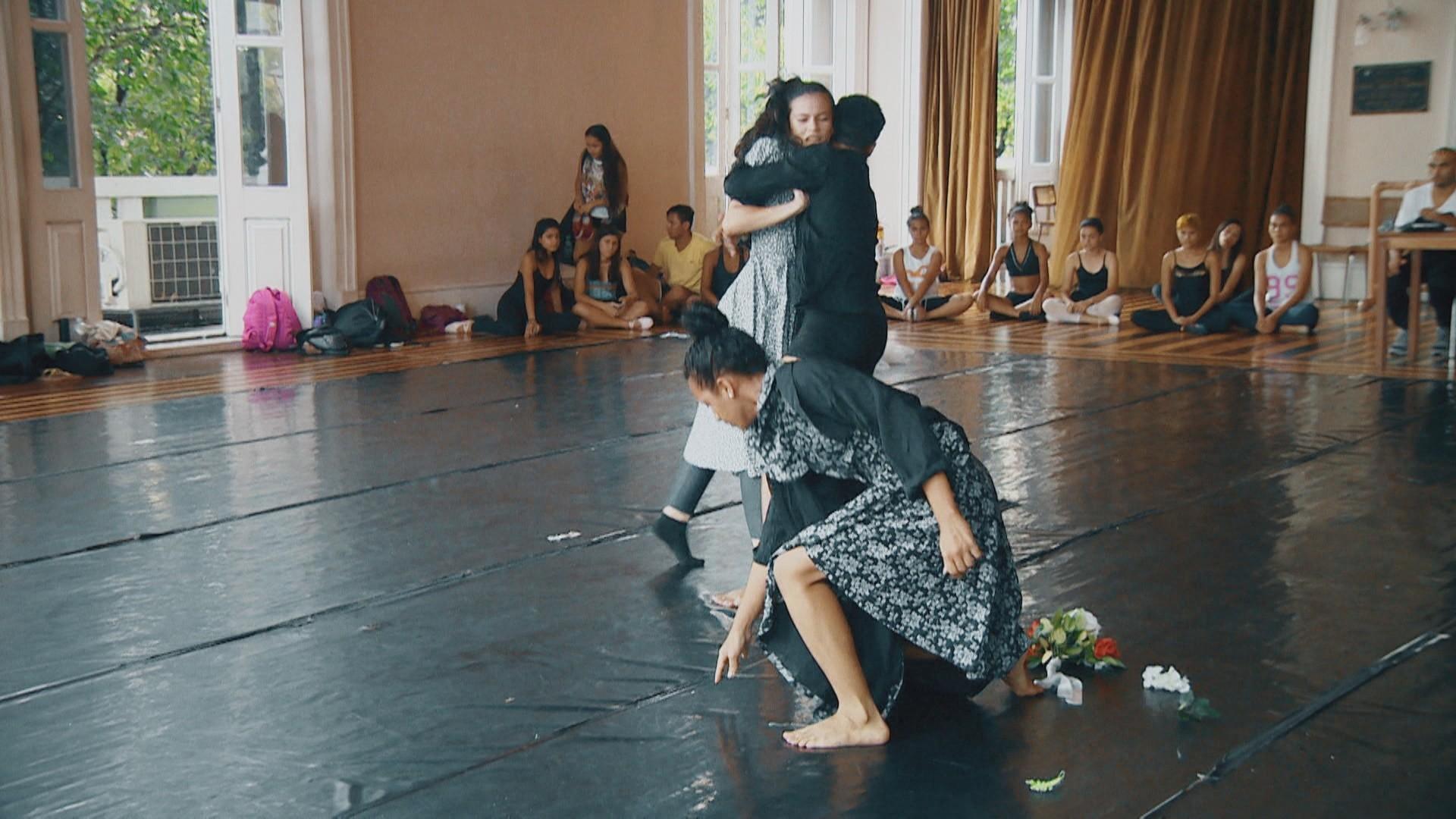Ensaio do espetáculo 'Experimental em Movimento' que se apresenta no Teatro Amazonas (Foto: Amazonas TV)