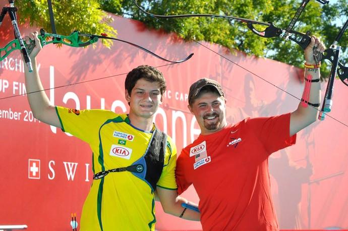 Marcus Vinicius e Brady Ellison, Arco Flecha (Foto: Reprodução / Facebook World Archery)