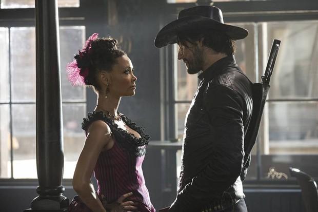 Rodrigo Santoro tem papel importante em Westworld (Foto: Reprodução)