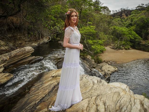 Vestido de noiva de Maria Isis é leve e orgânico (Foto: Alex Carvalho/TV Globo)