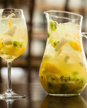 drink-Sangria-Bianca (Foto: Felipe Gombossy / Divulgação)