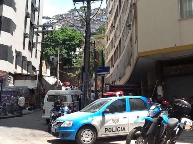 Acesso da comunidade Pavão-Pavãozinho está com a segurança reforçada. (Foto: Cristiane Cardoso/G1)