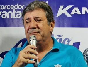 Euclydes Mello, conselheiro do CSA (Foto: Henrique Pereira/ GloboEsporte.com)