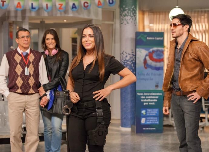 Eri Johnson, Priscila Fantin, Anitta e Ricardo Tozzi em ensaios do Tomara que Caia (Foto: Artur Meninea/Gshow)