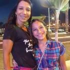 Fã de 10 anos curtiu show ao lado de mãe (Maiana Belo/G1 BA)