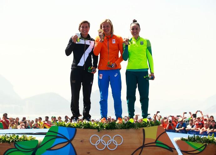 Poliana Okimoto Maratona aquática olimpíadas pódio (Foto: Agência Getty Images)