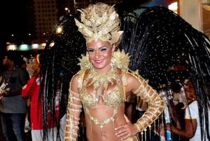 Bianca Salgueiro no Rio (Foto: Roberto Teixeira/EGO)