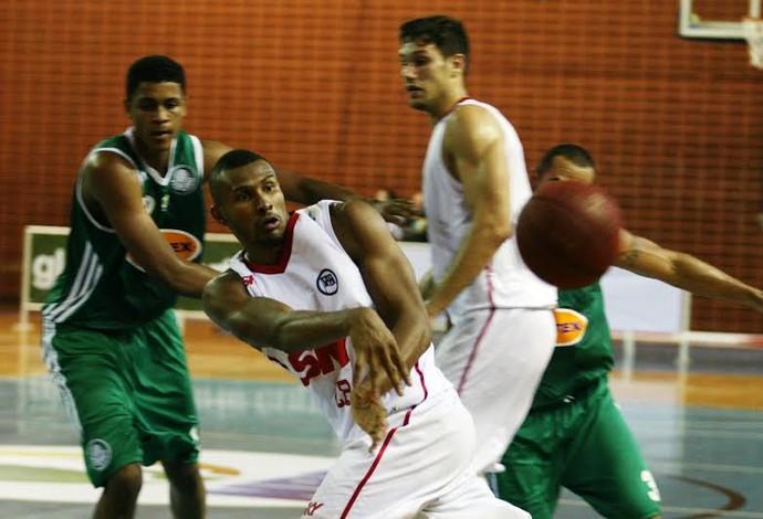 Leandrinho NBB basquete Pinheiros (Foto: Fábio Menotti/Divulgação)