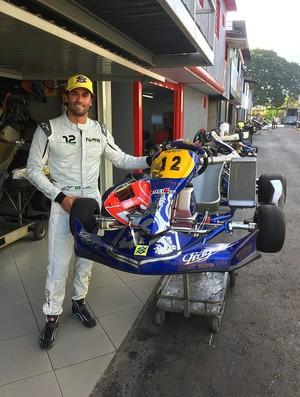 Felipe Nasr no kartódromo de Brasília