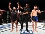 Demetrious Johnson ganha R$ 1,2 milhão após vitória sobre Tim Elliott