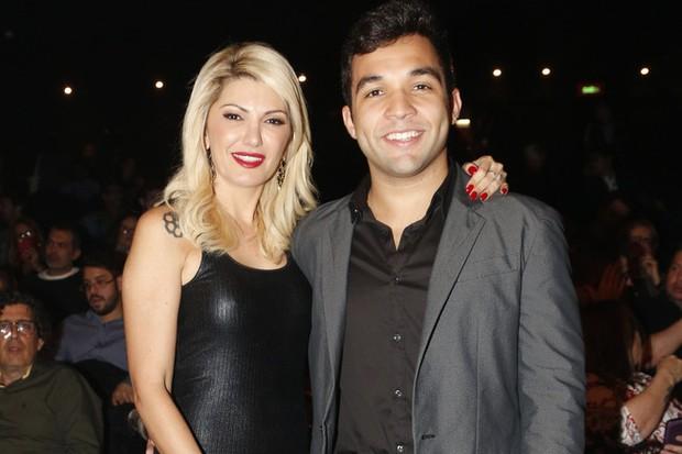 Antônia Fontenelle e Jonathan Costa em premiação no Rio (Foto: Felipe Assumpção/AgNews)