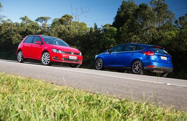 Volkswagen Golf e Ford Focus (Foto: Fabio Aro)