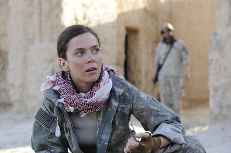 Anna Friel como Odelle Ballard em 'American odyssey' (Foto: Virginia Sherwood/NBC)