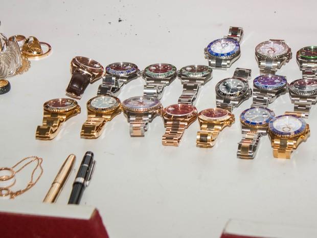 140eded34e1a6 Relógios apreendidos estão avaliados em R  1 milhão, diz polícia (Foto   Marco