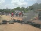 Manifestantes protestam em trecho da PA-253, em Capitão Poço