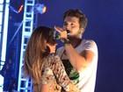 Luan Santana é vítima de mão boba ao dançar com bailarina em show