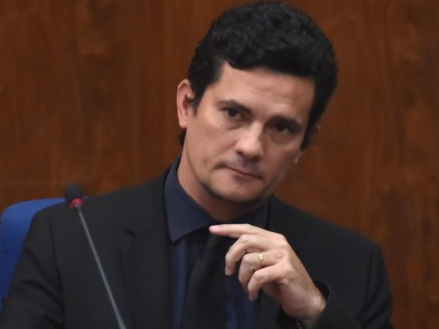 O juiz federal Sérgio Moro fala sobre operações anti-corrupção 'Lava Jato' e a italiana 'Mani Pulite' (mãos limpas) durante uma palestra em São Paulo (Foto: Nelson Almeida/AFP)