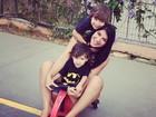 Priscila Pires posa com os filhos: 'Meus dias são deles'