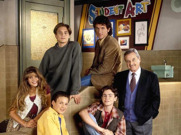 O ator William Daniel com o elenco de 'Boy Meets World' (Foto: Reprodução)