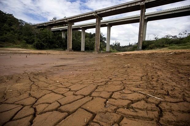 Com mais chuvas, nível do Cantareira sobe para 8,3%