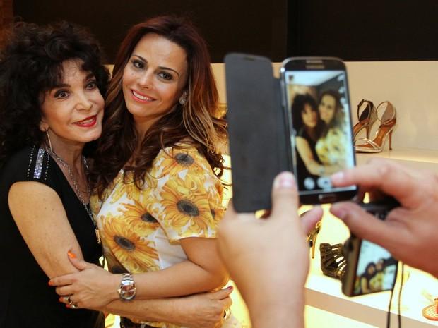 Lady Francisco e Viviane Araújo em evento em loja na Zona Sul do Rio (Foto: Anderson Borde e Marcello Sá Barretto/ Ag. News)