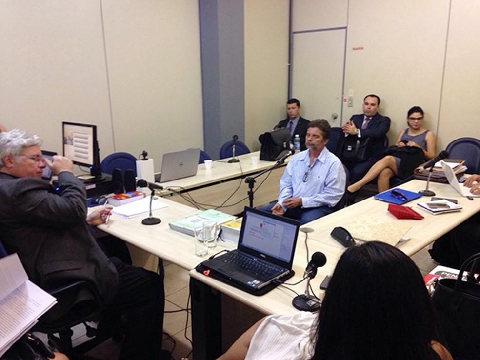 Gutson Reinaldo em depoimento à Justiça (Foto: Fred Carvalho/G1)