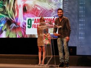 Protagonista de A Floresta de Jonathas, Begê Muniz venceu prêmio de melhor ator (Foto: Mônica Dias/G1 AM)