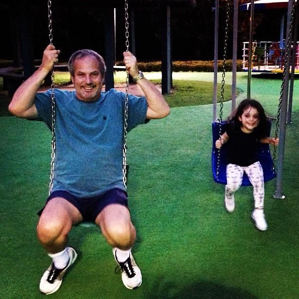 Jayme Monjardim e a filha, Maisa (Foto: Reprodução/Instagram)