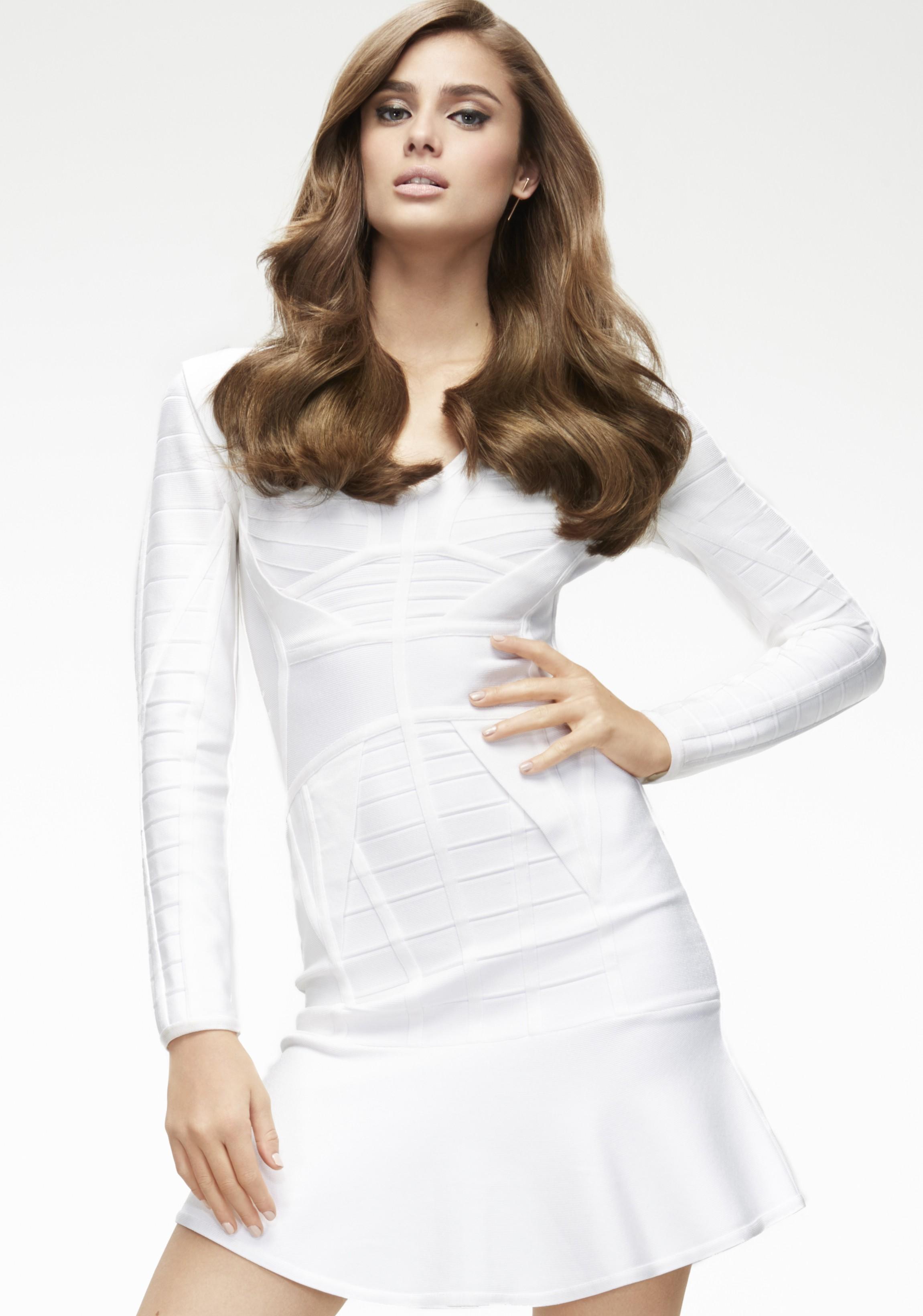 Taylor em campanha para a LOréal Professionel (Foto: Divulgação)
