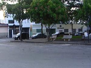 Moradores pedem mais segurança na Praça do Mercado em Divinópolis (Foto: Reprodução/TV Integração)