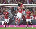Xabi Alonso brilha e é o dono do gol mais bonito do futebol internacional