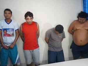 Rayfran (segundo da esquerda) e os demais suspeitos foram apresentados hoje em  Belém (Foto: Divulgação/ Polícia Civil/ Daniel Castro)