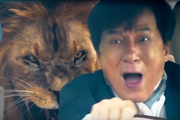 O ator Jackie Chan em cena de 'Kung Fu Yoga' (Foto: Reprodução)