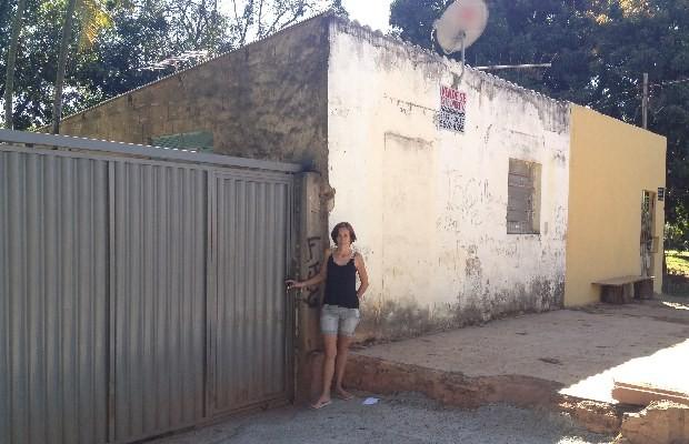 Família de Célia vive desde 1982 na área do Jardim Botânico, em Goiânia, Goiás (Foto: Paula Resende/ G1)