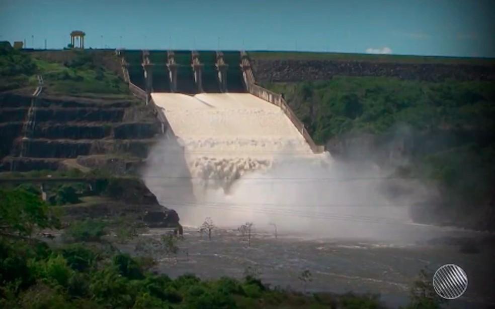 Sistema vai transpor as águas de Pedra do Cavalo, no Recôncavo da Bahia, para a barragem Joanes II, em Camaçari (Foto: Reprodução/ TV Bahia)