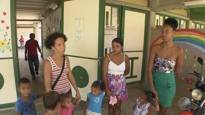 Mães reclamam de creches sem funcionar em Salvador e Lauro de Freitas