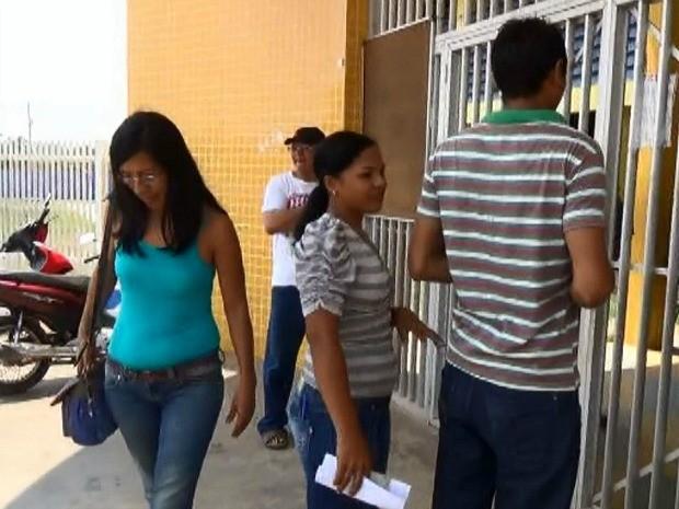 Portões fecharam pontualmente às 11h (horário de Manaus) (Foto: Reprodução/Rede Amazônica)