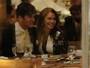 Ex-BBB Maria Melilo vai a restaurante com Dr. Rey