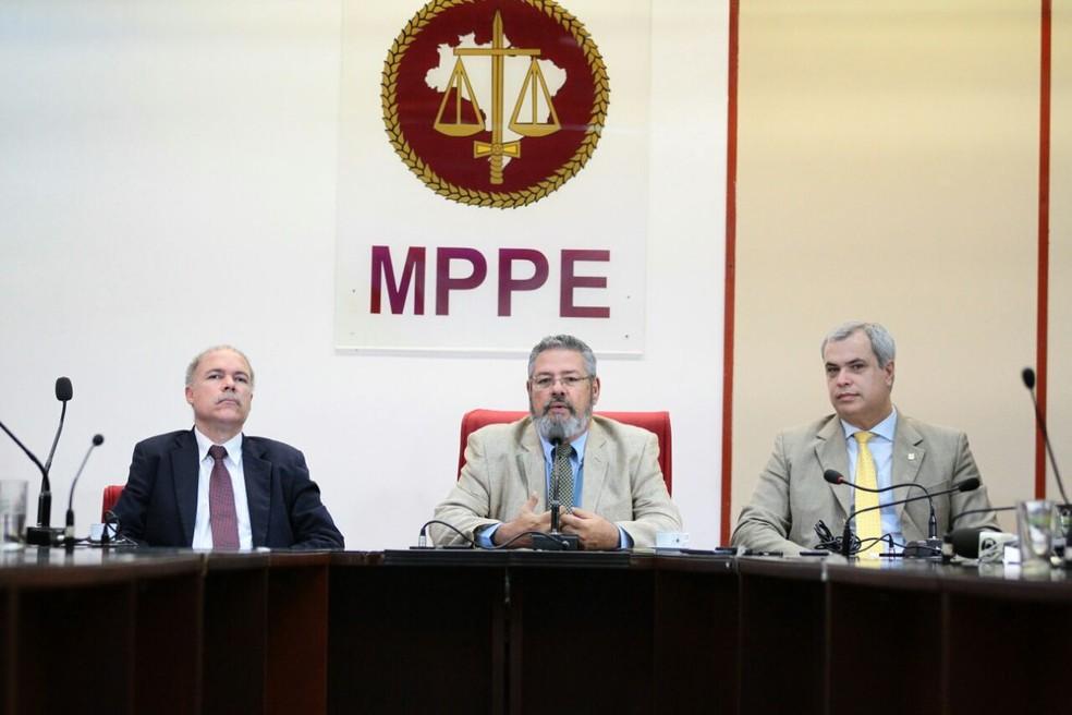 Detalhes foram divulgados durante coletiva de imprensa na sede do MPPE no Recife (Foto: Marlon Costa/Pernambuco Press)